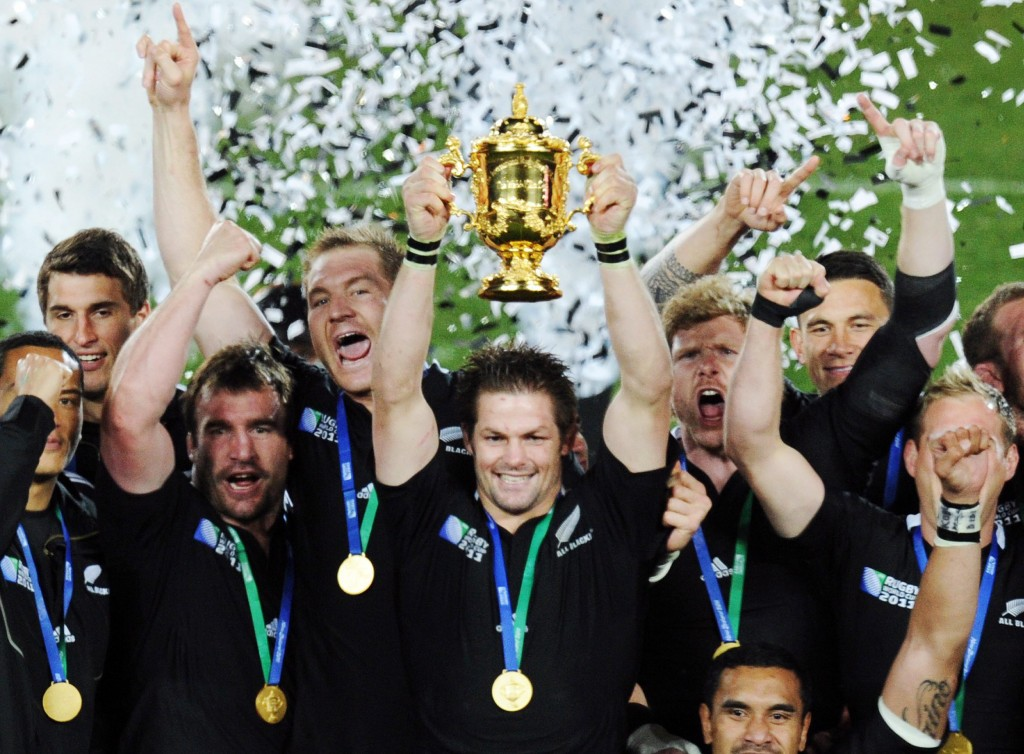New Zealand skipper Richie McCaw and team celebrate 2011 RWC victory